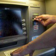 Assalto notturno al Bancomat, rubano 30 mila euro