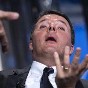 Renzi: domani l'addio al PD e il nuovo partito. La mossa per essere protagonista nel nuovo Governo