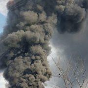 Rouen: incendio in via di spegnimento, conseguenze incalcolabili sull'ambiente e sulla popolazione