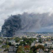 Rouen, situazione gravissima, la Nube tossica si allarga e si sposta verso Nord. Rischio di sversamento idrocarburi e sostanze chimiche nella Senna: forse è un attentato