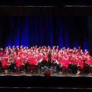 Emozionante lo spettacolo di Auguri in Musica dei 240 studenti dell'Istituto Serafini-Di Stefano