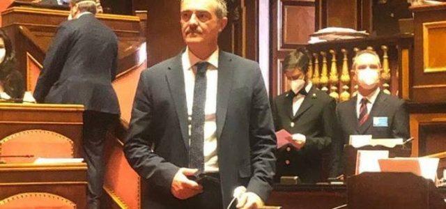Castaldi (M5S) sottosegretario ai rapporti con il parlamento: siamo all'opera nel momento più doloroso. MES? Il governo ha detto no, mettetevi l'anima in pace