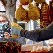 Covid-Mercato piazza Garibaldi: per la Giunta Casini può riaprire in modalità straordinaria. Dal 5 maggio quattro giornate per 38 esercenti e turnazioni di acquisto