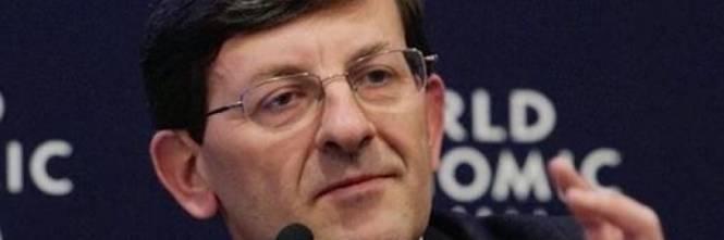 L'esponente del Bilderberg Vittorio Colao consegna a Conte il rapporto sul rilancio dell'economia italiana