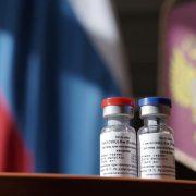Bloccata la sperimentazione sull'uomo del vaccino anti COVID 19