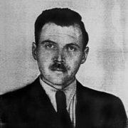I nipotini di Mengele lanciano una vaccinazione di massa senza il minimo standard di garanzia